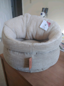 Small pet bed - washable