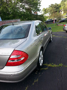 2005 Mercedes-Benz E-Class 500 4 Matic Sedan