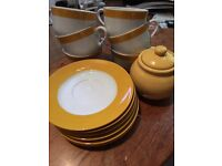 Funky retro 6 piece tea set plus sugar bowl