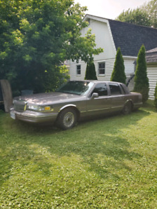 1996 Lincoln town car classic OBO