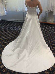 Alfred Angelo Wedding Dress-NEW