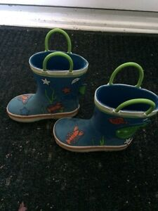 Well-loved Joe brand size 7 toddler rain boots
