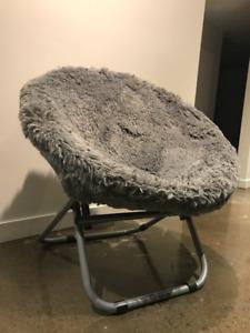 chaise ronde pour enfants