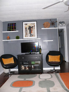 Tastefully decorated mobile home for sale