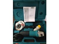 Makita GA4530 angle grinder 110v excellent new condition !!!