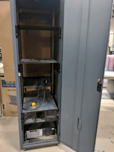 "19"" Server Rack with Old server and UPS"