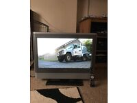 """Toshiba 27"""" LCD Tv with built in freeview"""