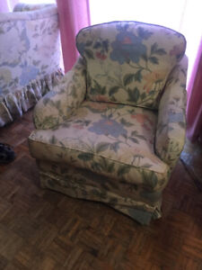 Floral LOVESEAT AND CHAIR