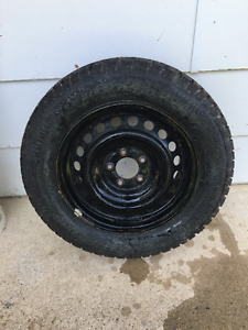 215/65R16    4 winter tires for sale with rims of Sienna 2005.