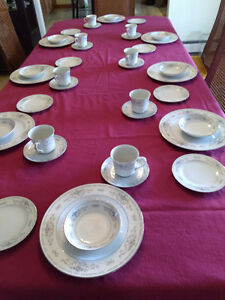 Vintage Dishes-Full 8 piece setting plus extra pieces