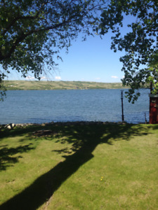 For Rent-Lakefront house at Buffalo Pound Lake