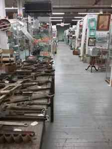 Canada's largest antique mall 600 booths to explore  Cambridge Kitchener Area image 6