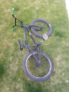 Hutch Bmx Kijiji Buy Sell Save With Canada S 1 Local