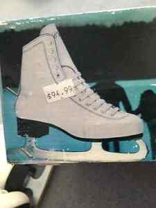 Ladies Winter Club Skates Excellent Condition!! Edmonton Edmonton Area image 4