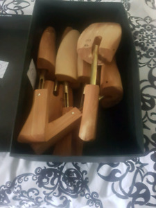 3 new pairs wooden shoe stretchers xl