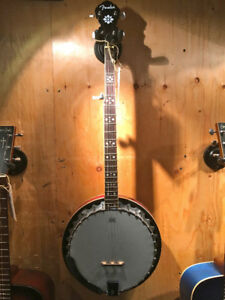 2012 Fender FB-54 5 String Banjo with case