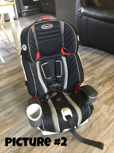 Baby Stuff- car seats, Exersaucer, activity table and bedding Moose Jaw Regina Area image 2
