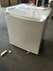 NEW! Amica FZ041.3 Table Top Freezer - Shop Soiled