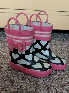 Joe Fresh rain boots size 7