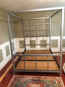 Executive classy metal Queen-size Canopy Bed.