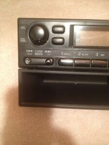 Honda radio for 2000 honda civic Strathcona County Edmonton Area image 2