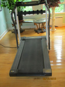 WESLO Cadence ex 18 Treadmill