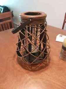 Decor ratton lantern with glass candleholder insert