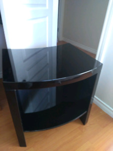 Side table/night table