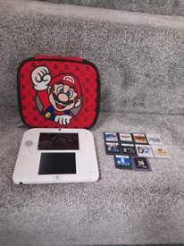 Nintendo 2ds with case & 10 games