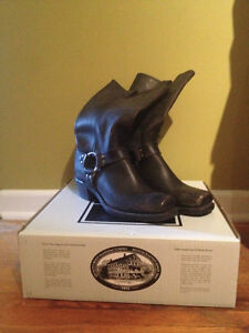 Frye Harness 12R Boots West Island Greater Montréal image 1