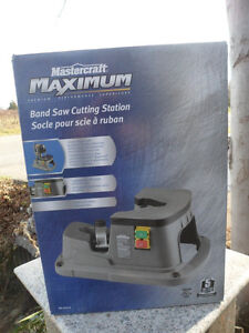 MASTERCRAFT MAXIMUM 055-6712-0 Band Saw Cutting Station BandSaw