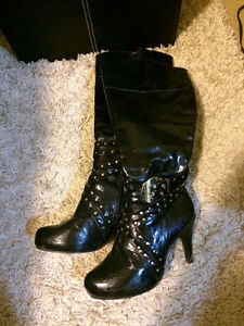 Black tall heel boots Kitchener / Waterloo Kitchener Area image 1