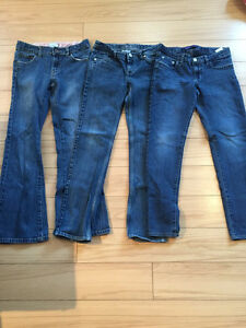 SZ 12 GIRLS LEVIS JEANS-$7 TAKES ALL