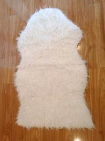IKEA Faux Fur Cream Rug in Good Condition