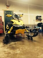 2009 Skidoo 800r Rev xp