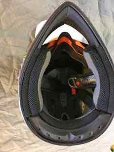 Troy Lee Dirt Bike Helmet Peterborough Peterborough Area image 6