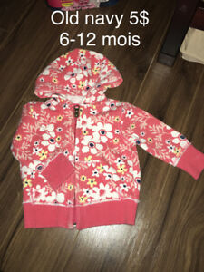 Chandail old navy 6-12 mois 5$