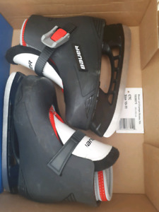 BAUER boys size 10-11 skates - like new