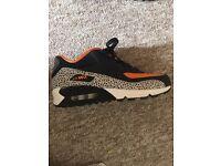 Nike air max safari size 5