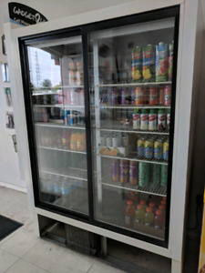 General Refrigeration - Commercial Standing Freezer - RSL40GC