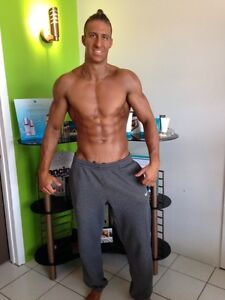 SPRAY TANNING by PROFESSIONNAL ARTIST West Island Greater Montréal image 6