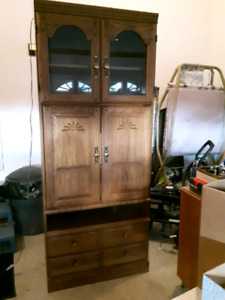 Selling TV wall unit