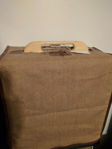 Fender Woody Pro Jr.  Mint with tags cover and manual. Peterborough Peterborough Area image 2