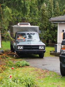 1971 GMC 1 ton 3500 c30 Dually 4 speed