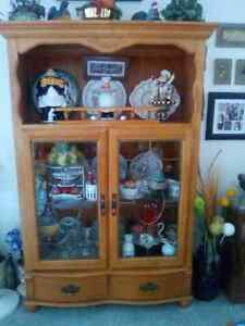 Beautiful Cherry Wood Centre Piece Table, Buffet and T.V Stand Sarnia Sarnia Area image 3