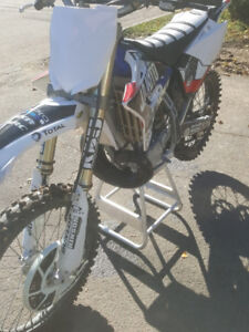 TOP SHAPE  2011 YZ250