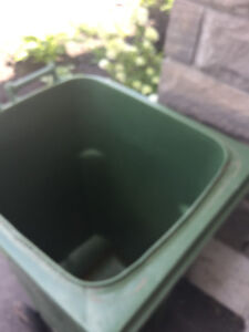 Heavy Duty Garbage Container