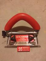 Carpet trimmer  (Roberts)