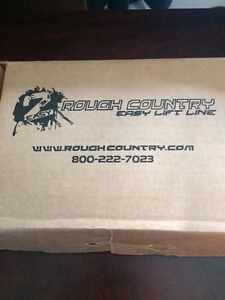 Rough Country 07-14 GM 1500 Pickup Front Leveling Kit. St. John's Newfoundland image 3