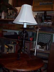 Black table lamp/cherry top end table with wrought iron base London Ontario image 2